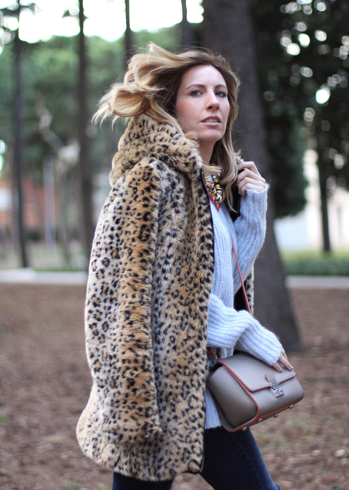 Leopard-print-coat-outfit-blogger-Barcelona-Monica-Sors (2)