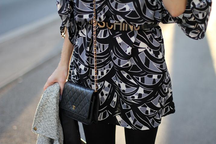 Moschino-belt-blogger-street-style (1)