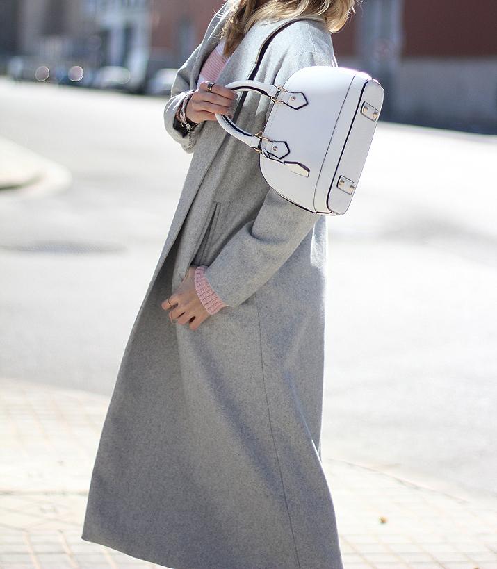 Mini-bag-online-shopping-trends