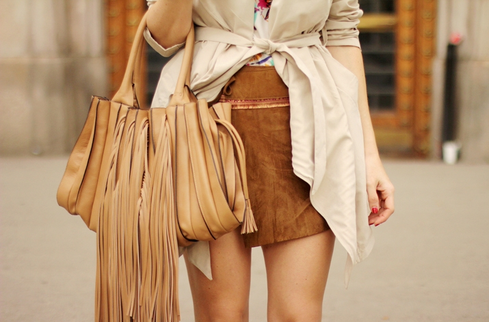 Suede-Skirt-Fashion-Blogger-Barcelona-Monica-Sors (12)1