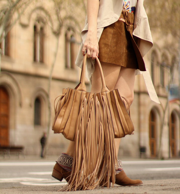 Suede-Skirt-Fashion-Blogger-Barcelona-Monica-Sors (4)