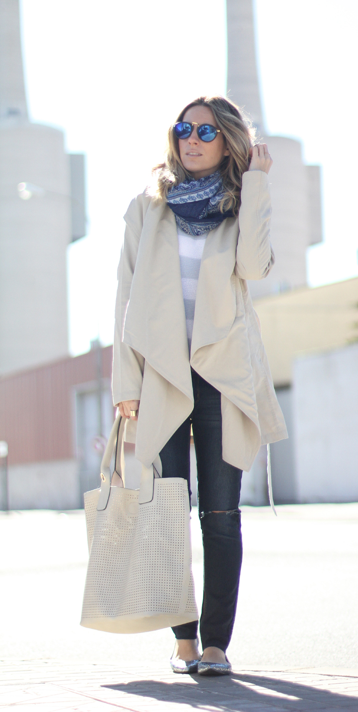 jeans-and-trench-casual-chic-look-blogger (4)