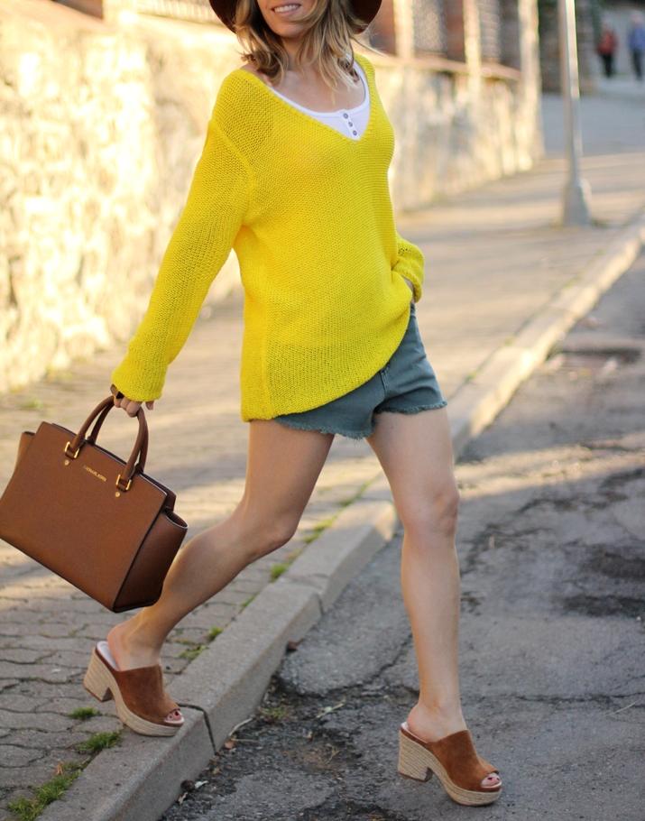 monica-sors-la-cerdanya-shorts-outfit
