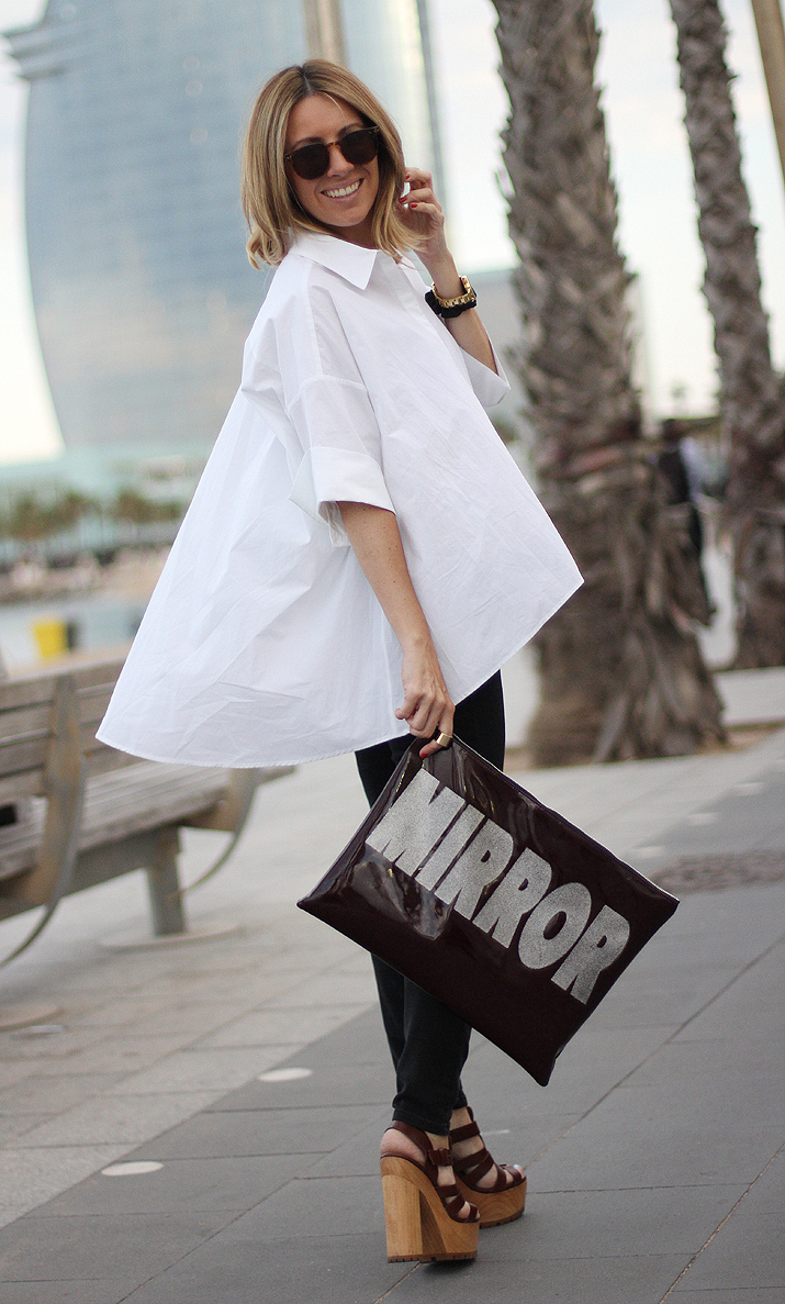 Oversize white shirt outfit blogger