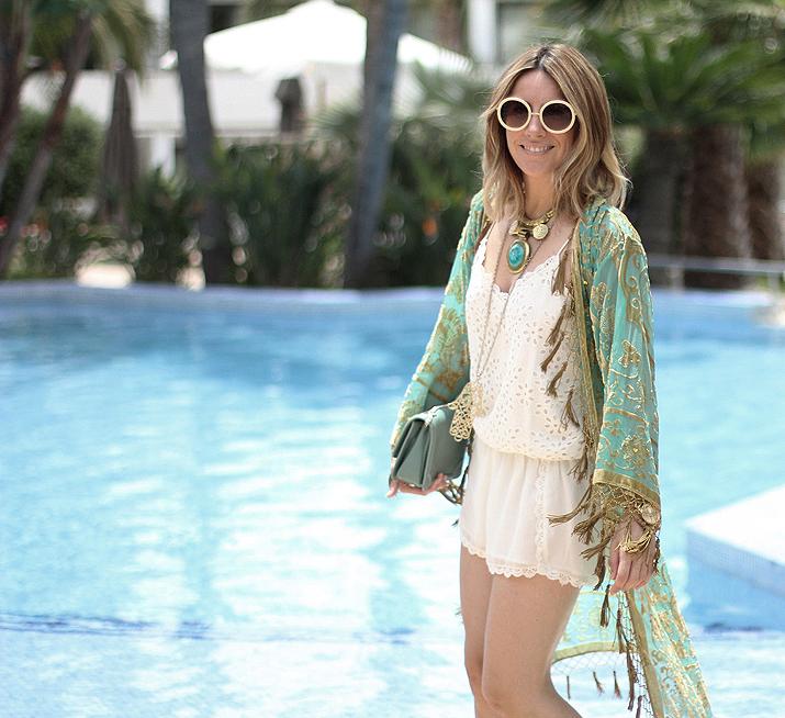 Boho-look-with-kimono-blogger