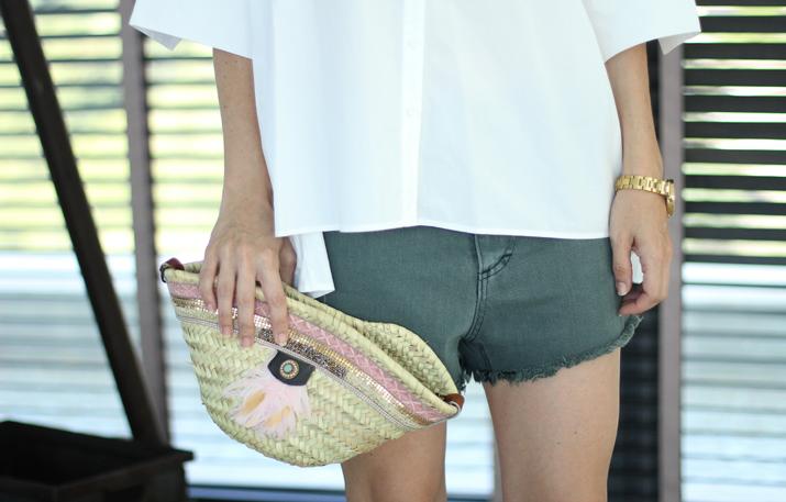 white-oversized-shirt-blogger (1)