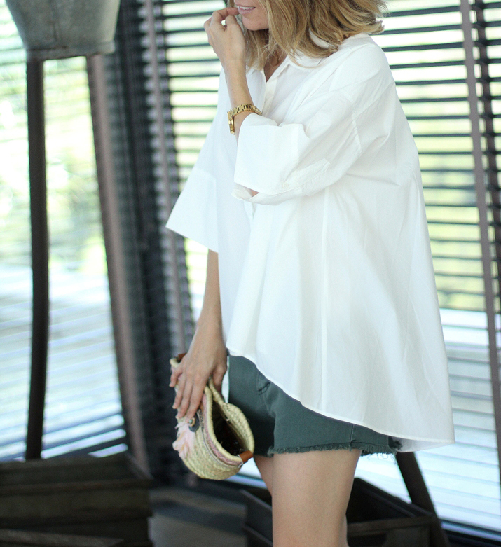 white-oversized-shirt-blogger (412)