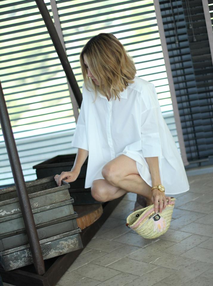 white-oversized-shirt-blogger (9)