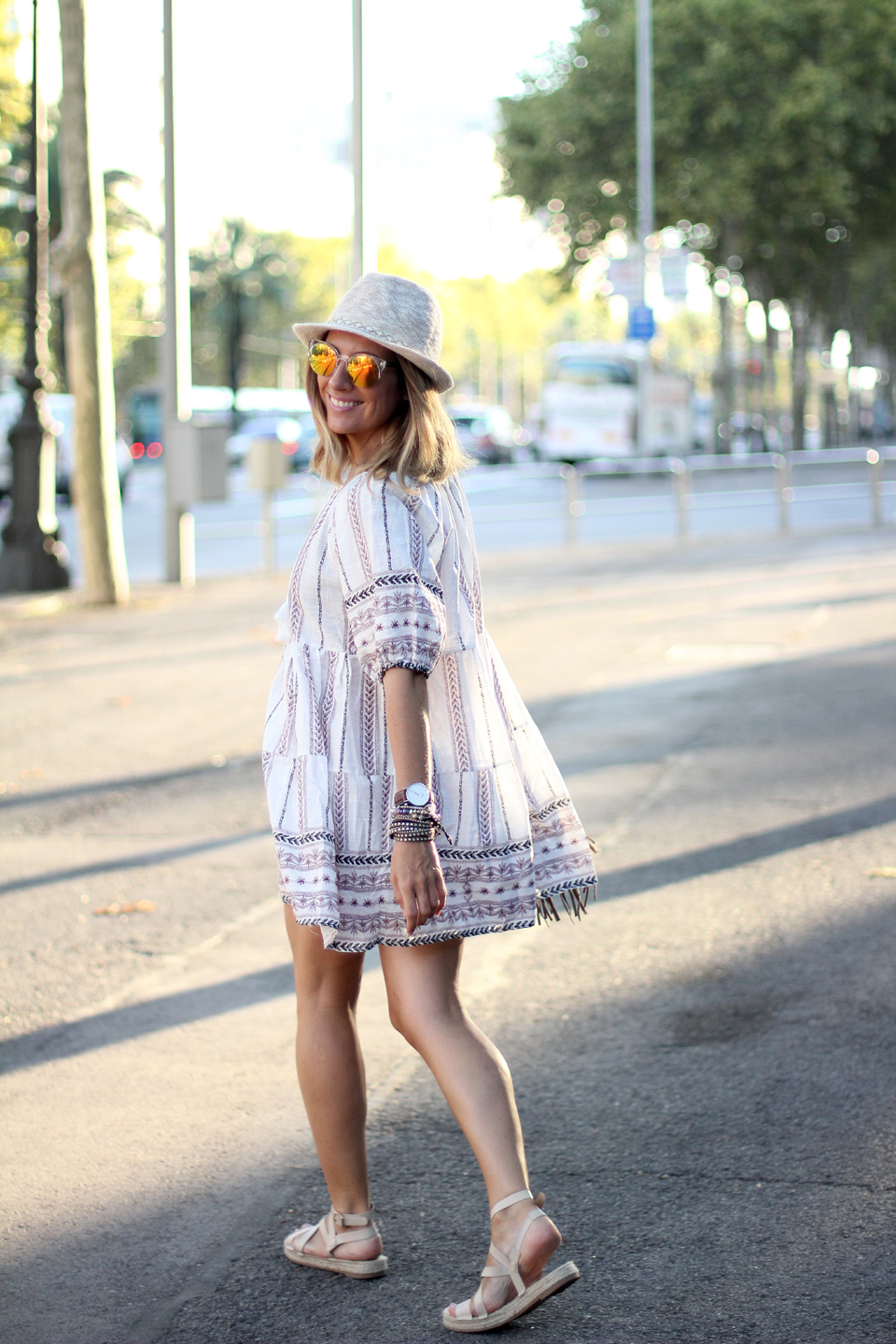 Embroidered-dress-blogger-barcelona (5)