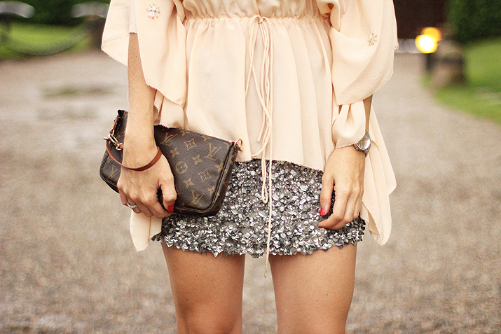 SEQUINS-SKIRT-BLOGGER-2015 (13)
