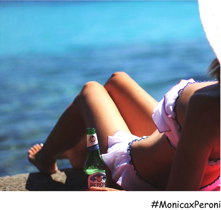monica-x-peroni-como-un-pez-en-el-agua-bikini