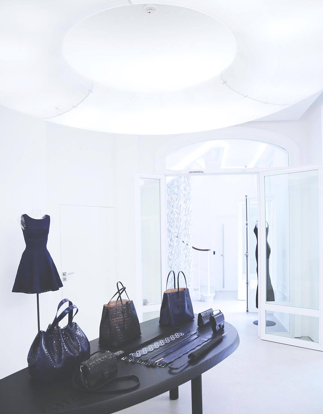 ALAIA-BOUTIQUE-PARIS-FRANCE