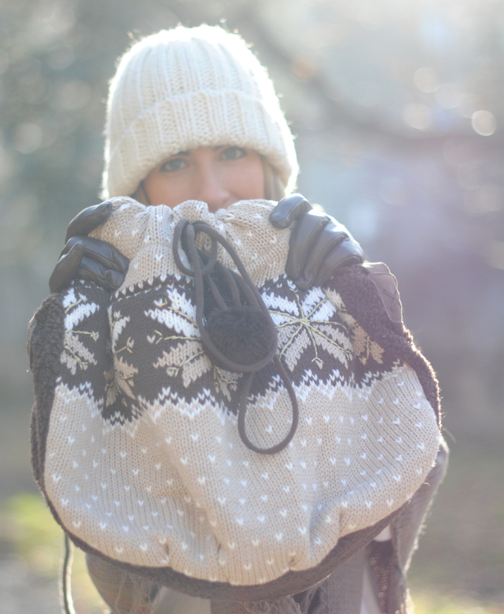 It's snowing on my bag… (preview)