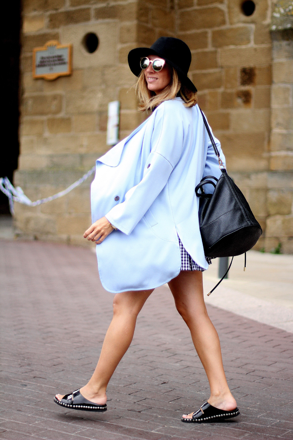 blue-trench-blogger (1)