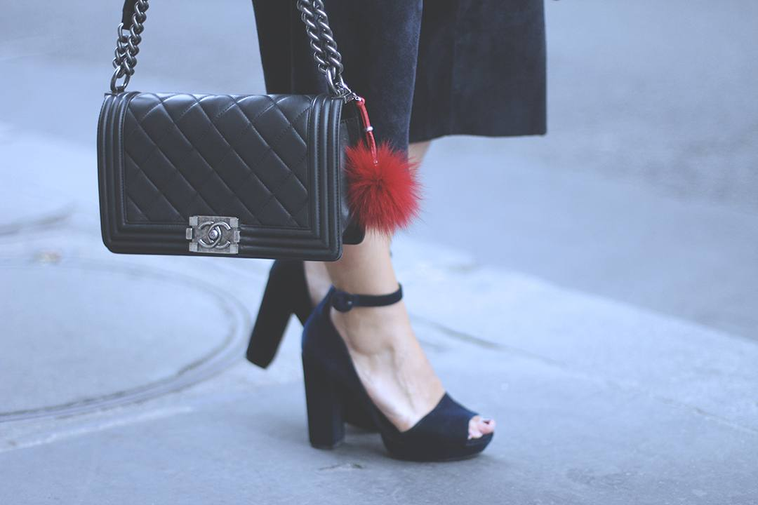 BOY-CHANEL-BAG-BLOGGER-2015-33