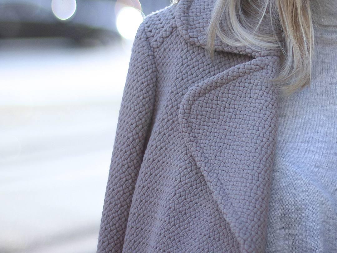 beige-coat-blogger-style-2015