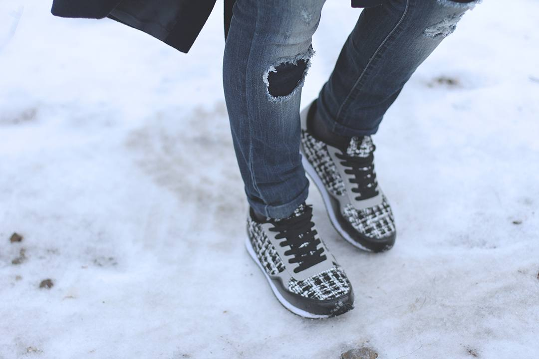 just-fab-blogger-sneakers