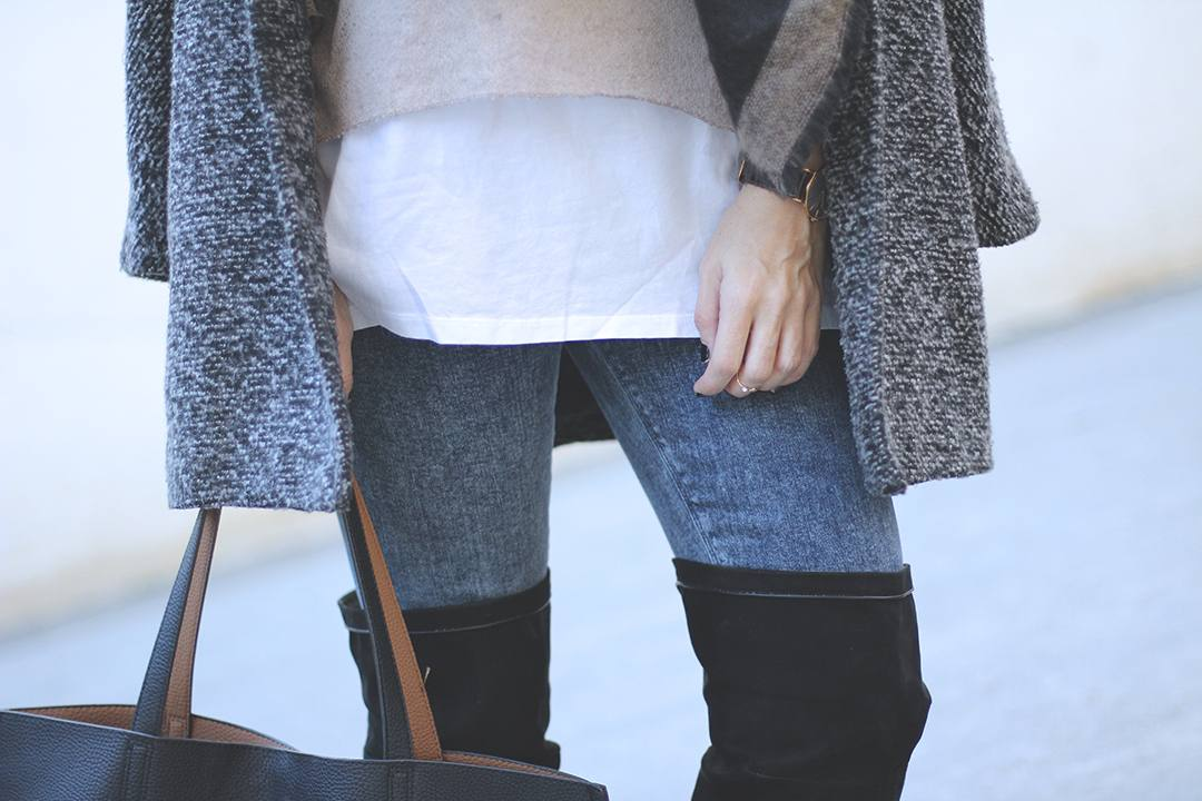 over-the-knee-boots-and-jeans-blogger-2222