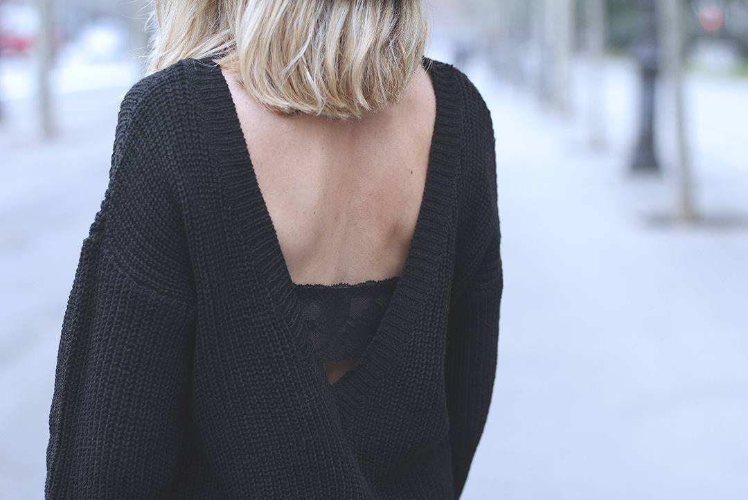 seen-bra-lace-bra-to-be-seen-cozy-jumper-blogger