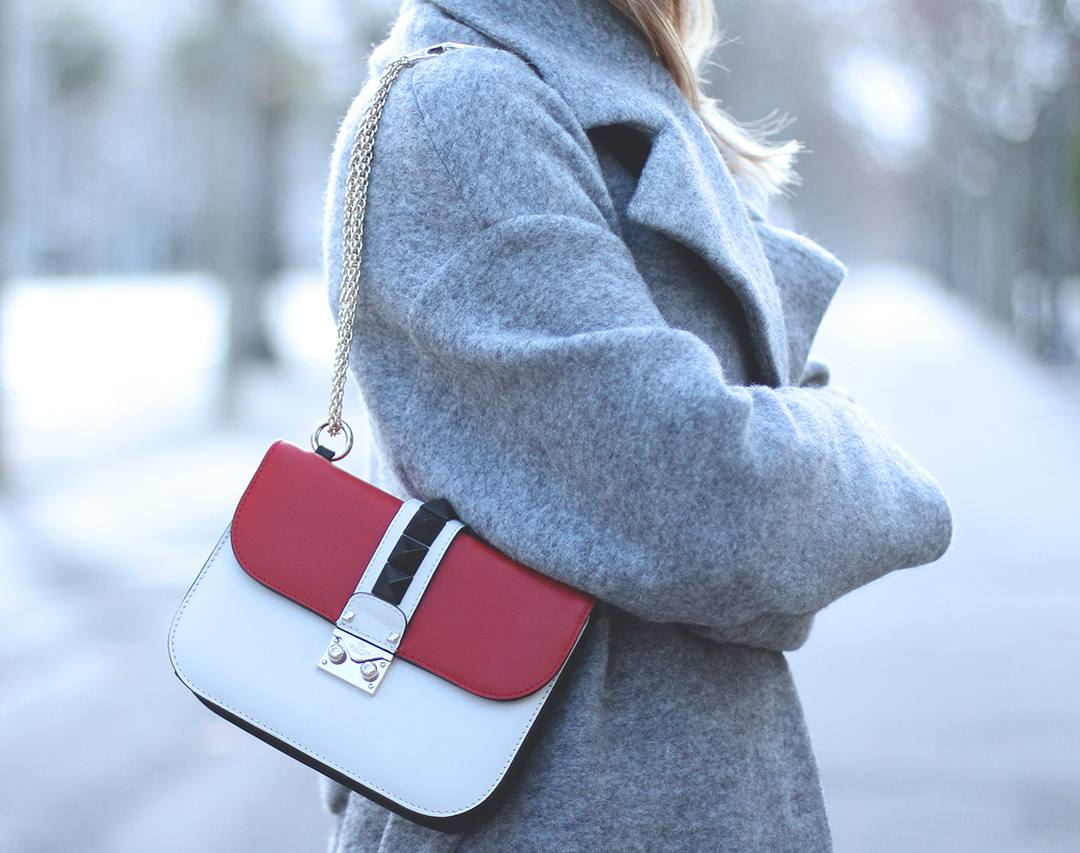 Valentino-lock-bag-blogger-33341