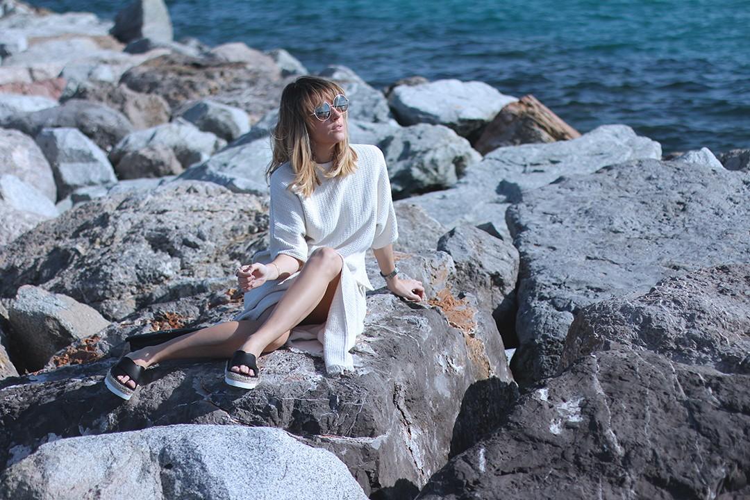 Mango-girls-blogger-Monica-ors-knit-on-knit