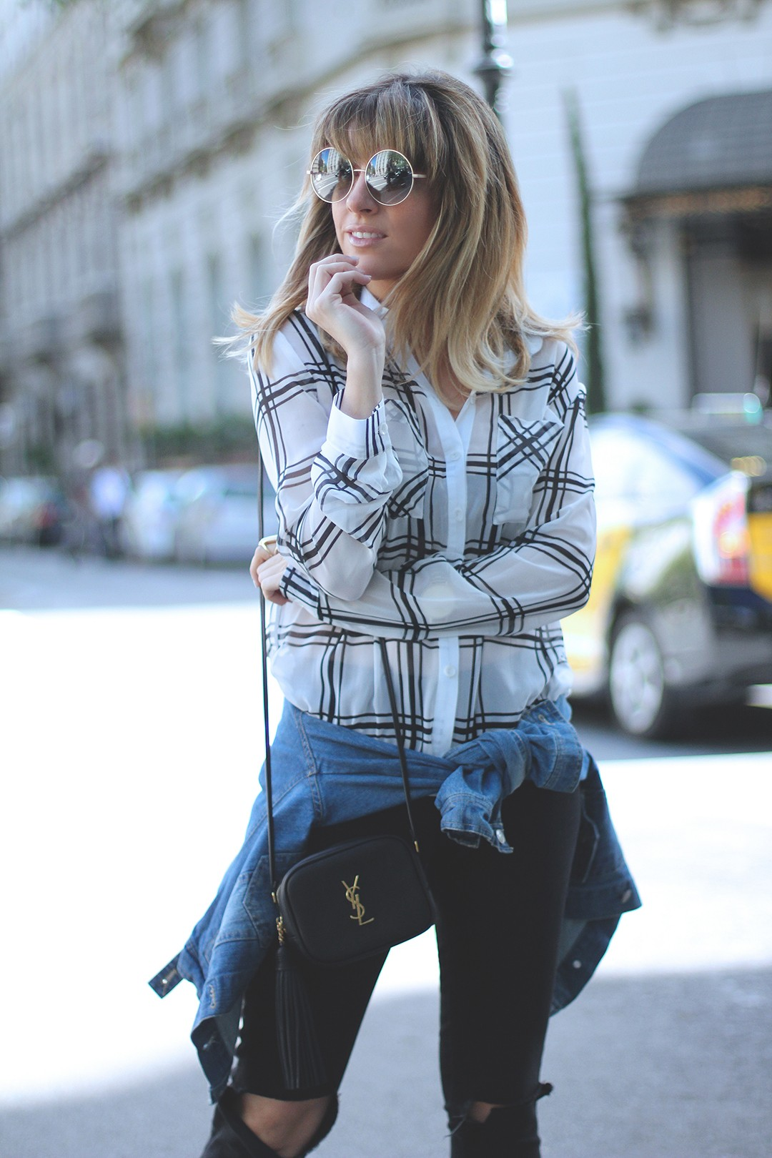 Plaid-shirt-fashion-blogger-monica-sors