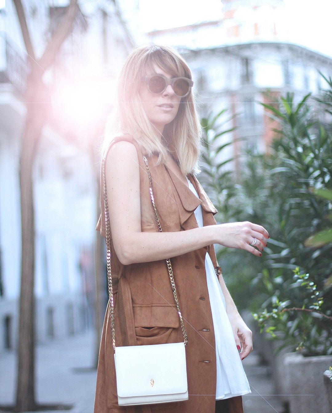 Sleeveless-trench-oxygene-Mes-Voyages-a-Paris-Madrid - copia