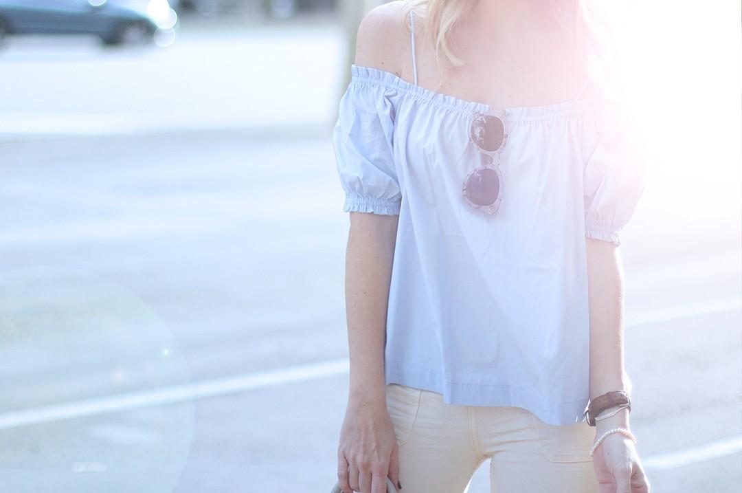 off-the-shoulder-top-fashion-blogger-2016-spring-trends