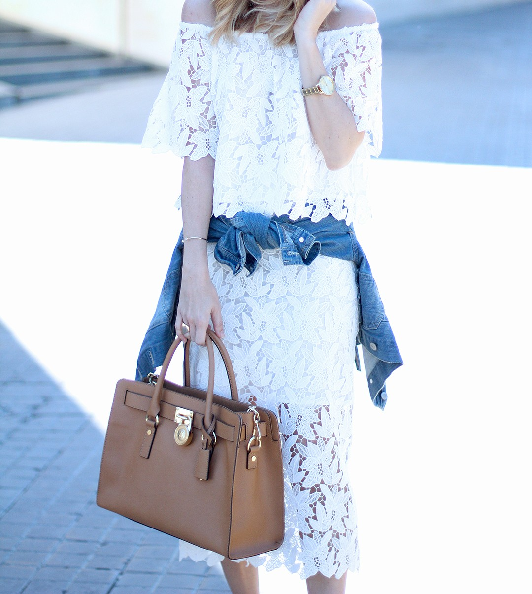 lace-street-style-2016-trends-fashion-blog-MESVOYAGESAPARI