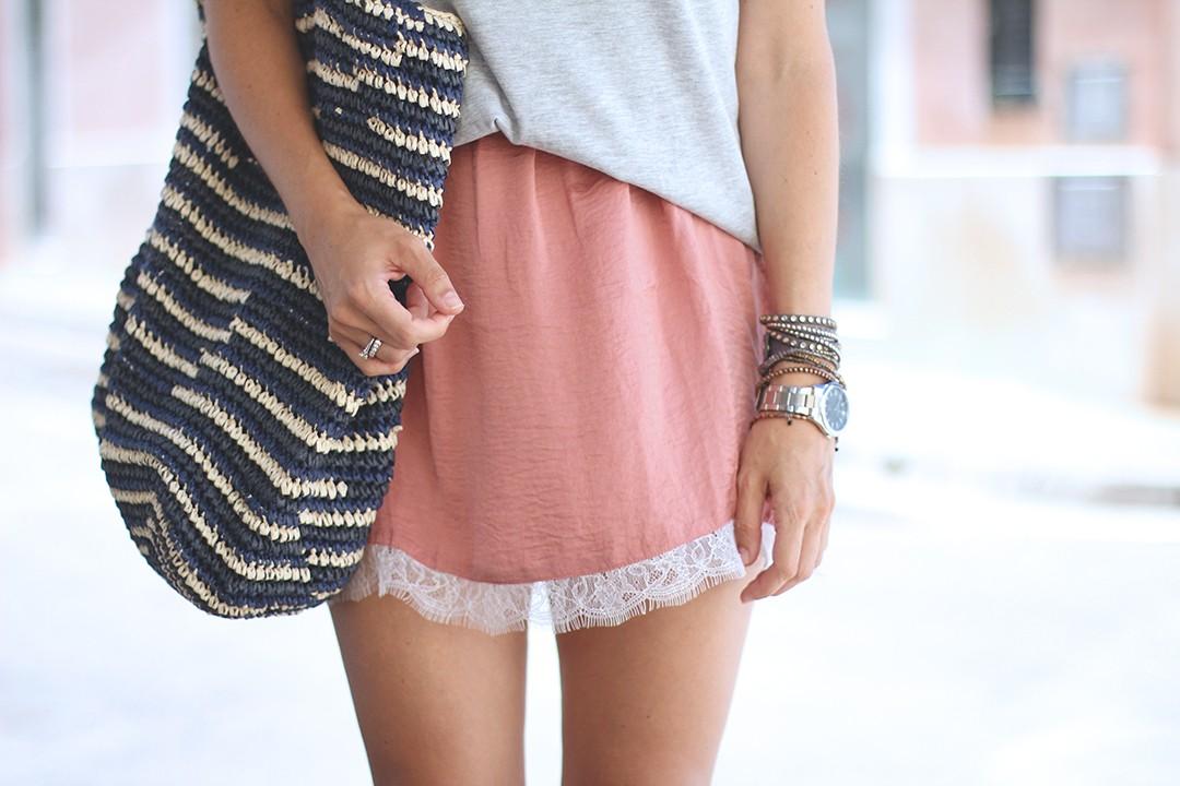 Lace-skirt-Mango