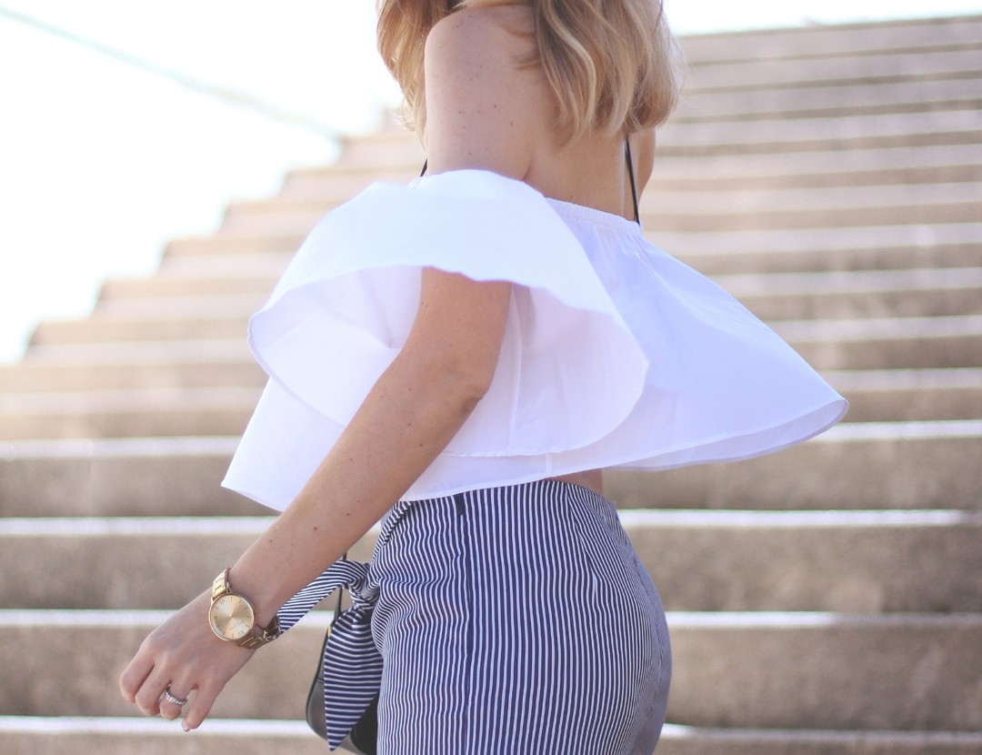OFF-THE-SHOULDER-top-