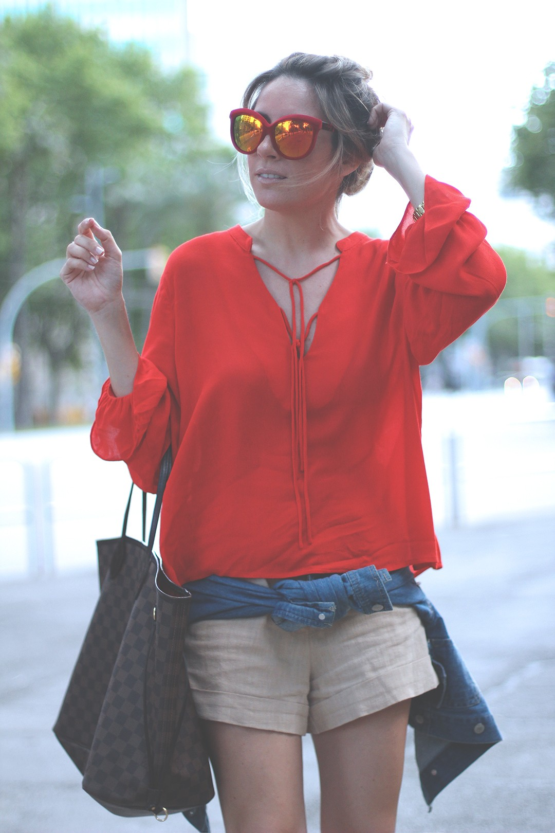 red-blouse-street-style-fashion-blog