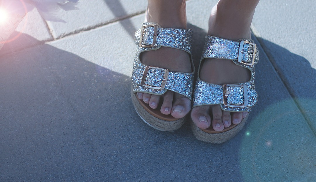 Wedge-sandals-bloggers