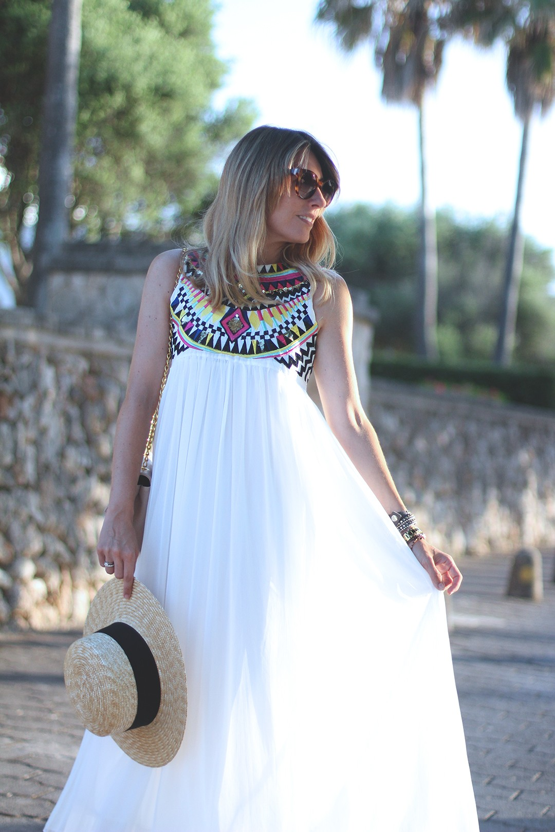 white-dress-blogger-monica-sors-mvap
