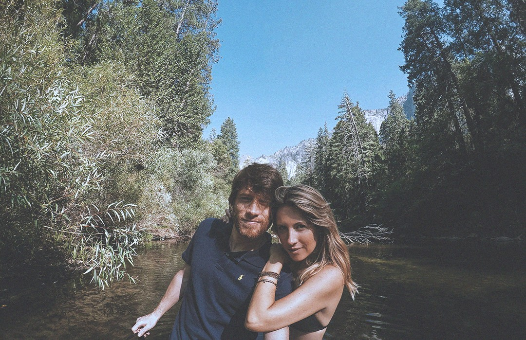 22fashion-bloggers-couple-usa-road-trip