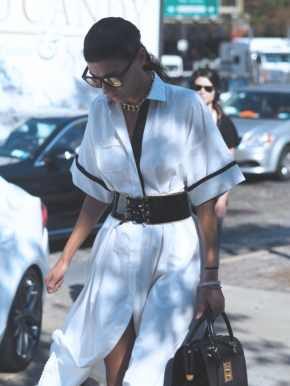 new-york-fashion-week-september-2016-street-style-25