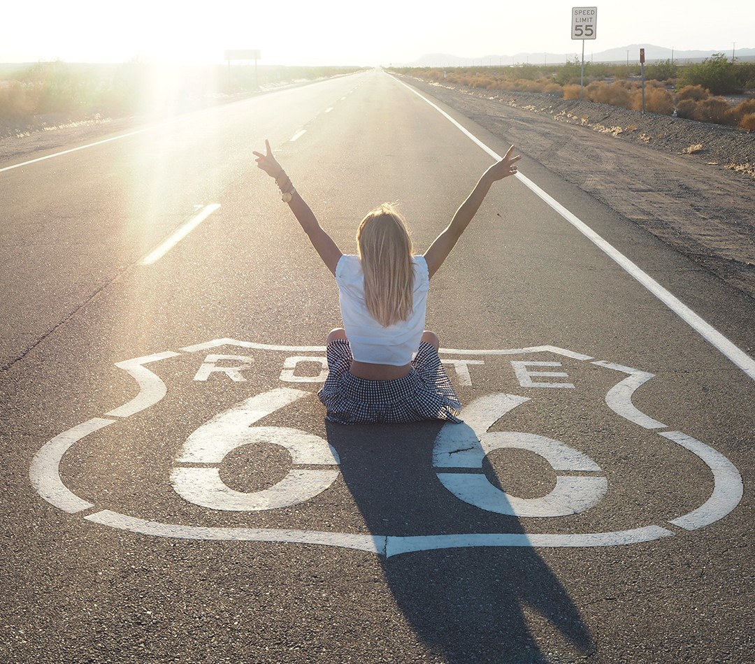 Route-66-sign-fashion-blogger-Monica-Sors