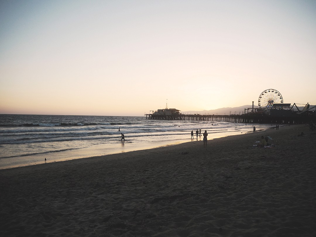 Santa-Monica-Beach-sunset-pictures