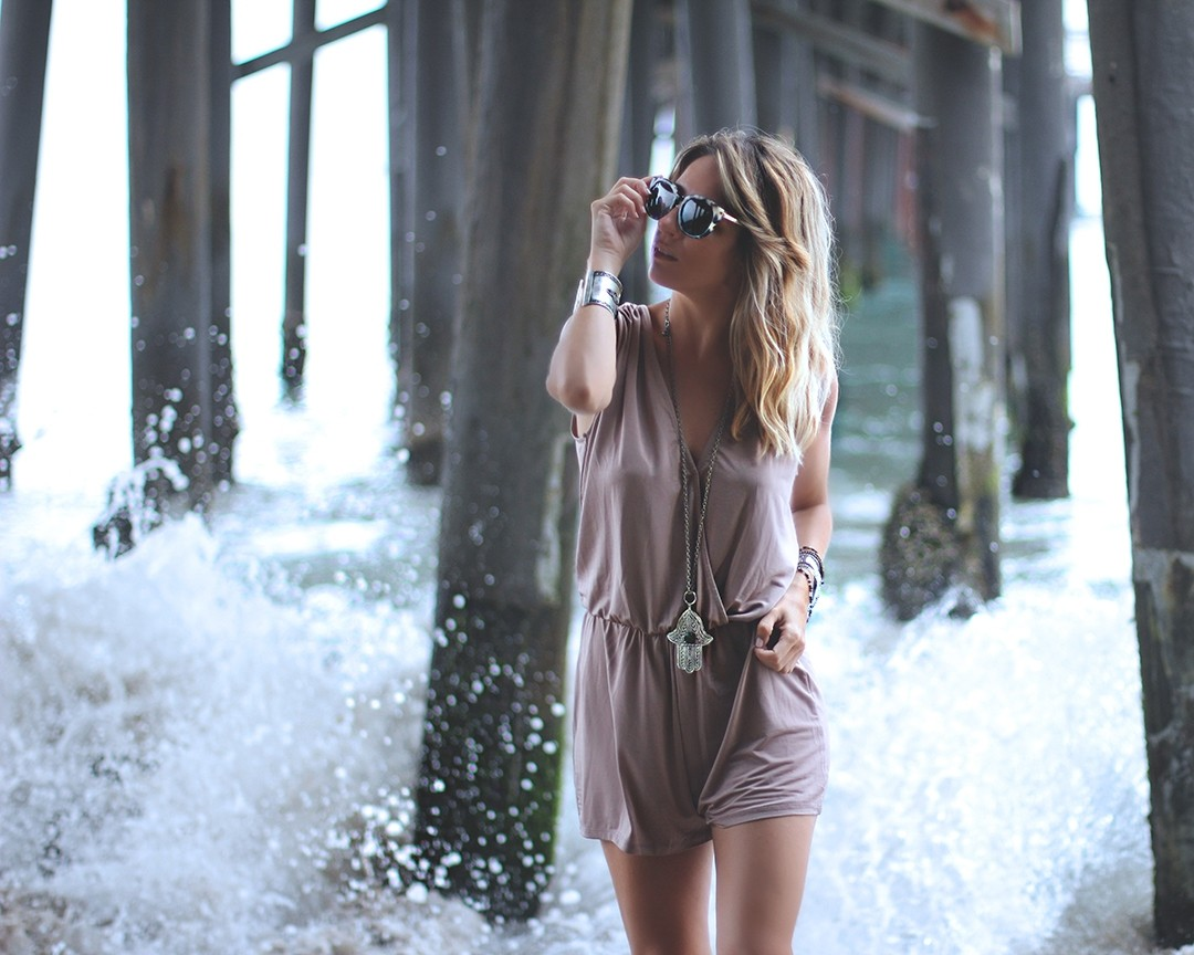 lingerie-romper-fashion-blogger-california-2016malibu-pier-travel-blog-2016malibu-pier-fashion-blogger-la-californiaimg_0242
