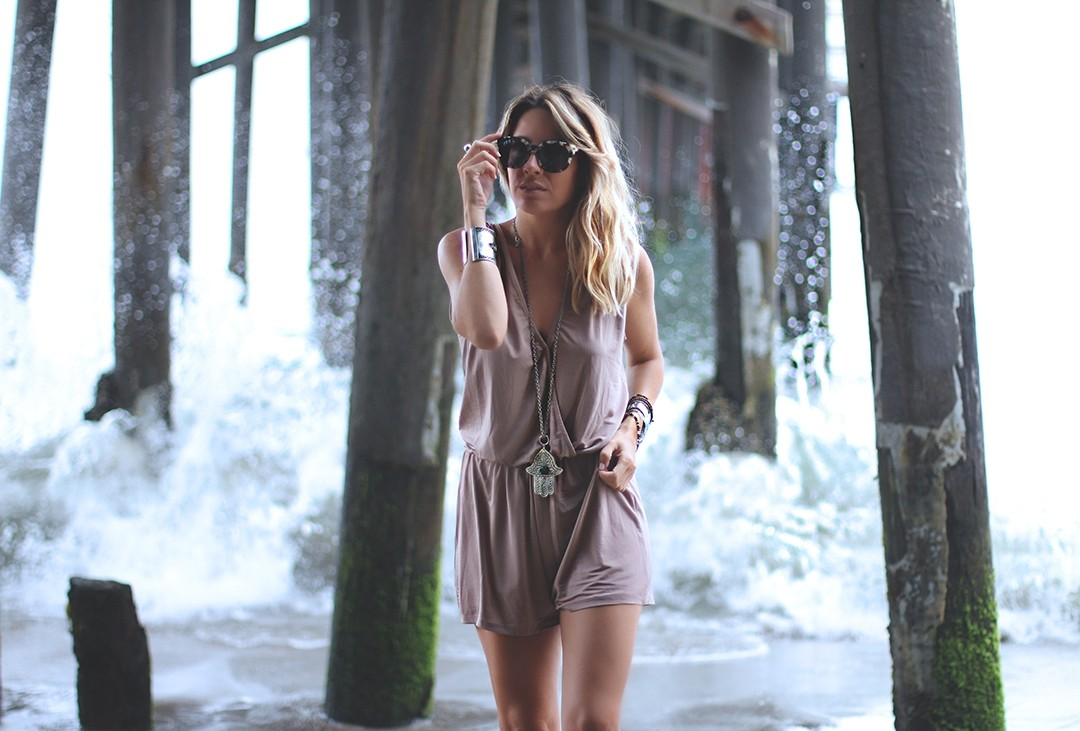 lingerie-romper-fashion-blogger-california-2016malibu-pier-travel-blog-2016malibu-pier-fashion-blogger-la-californiaimg_0246