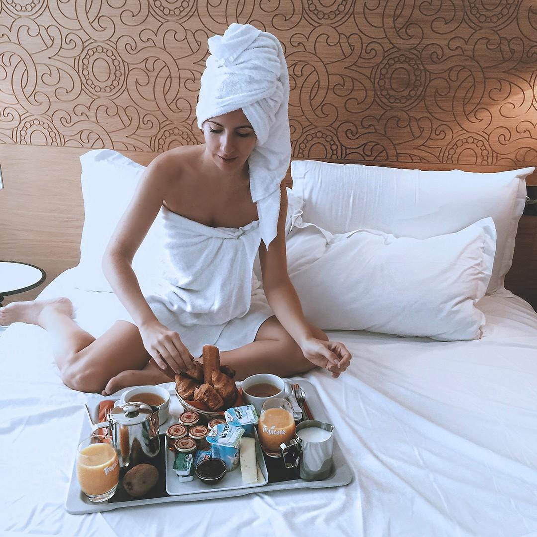 elysees-8-paris-hotel-fashion-blogger-2016-reviewimg_8966