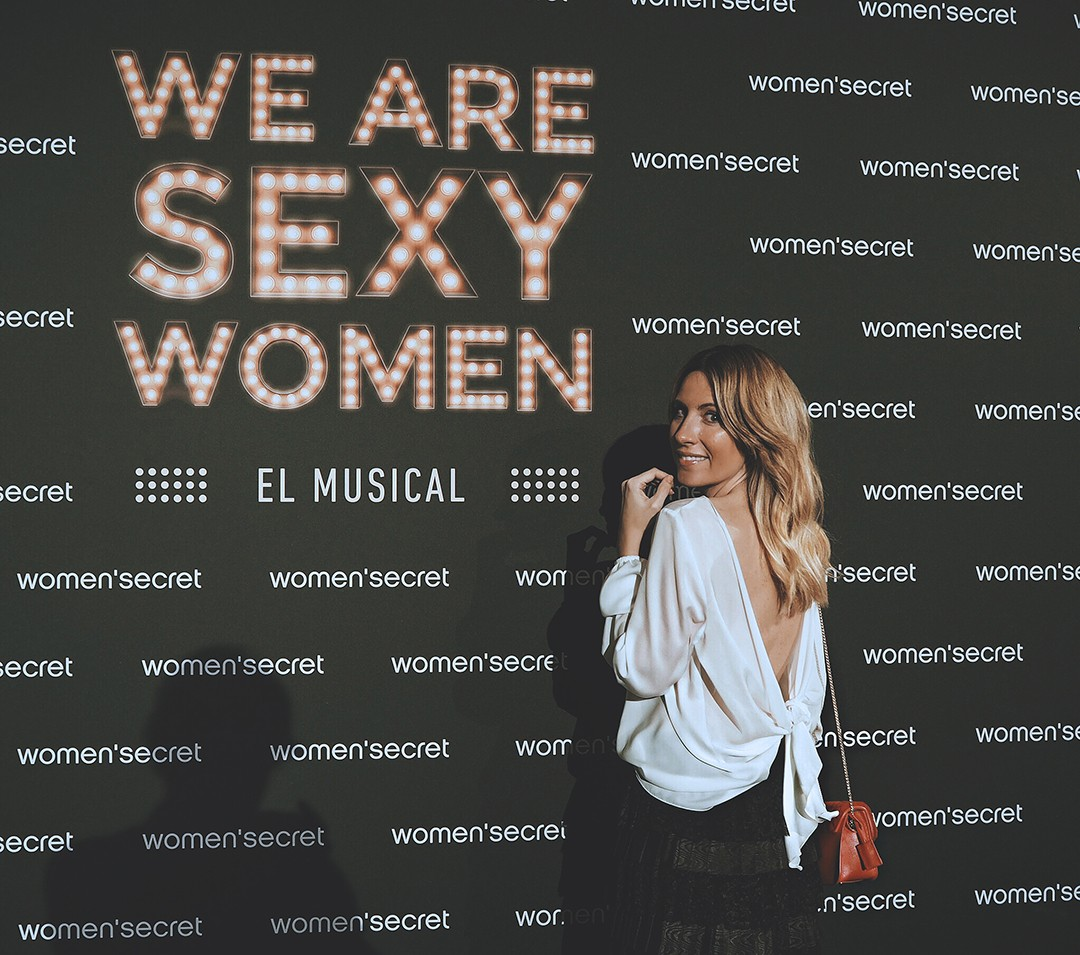 we-are-sexy-women-madrid-elsa-patakyimg_2103