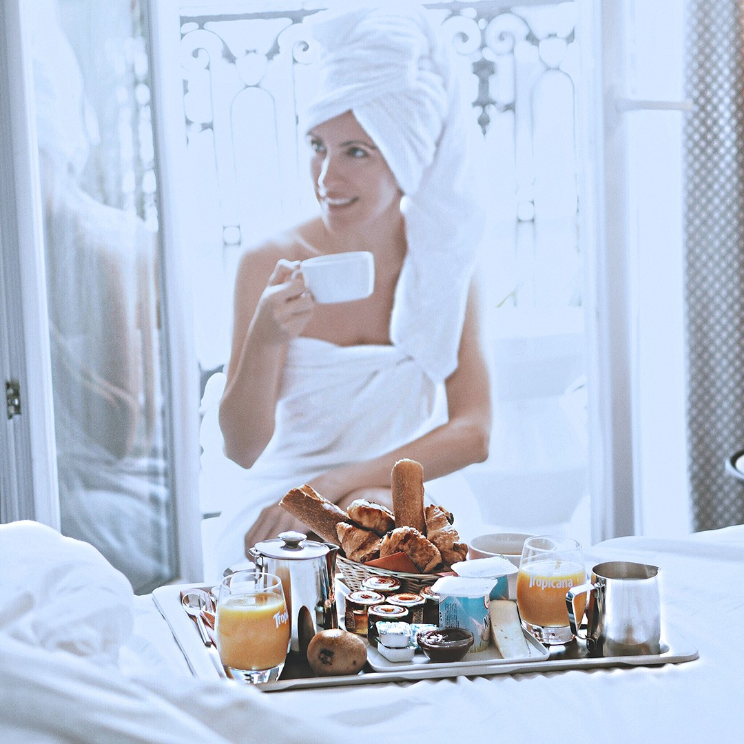 room-breakfast-hotel-elysees-8