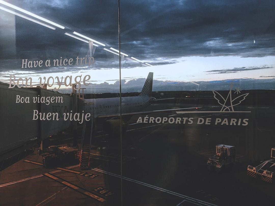 vueling-pictures-fashion-blogger-paris