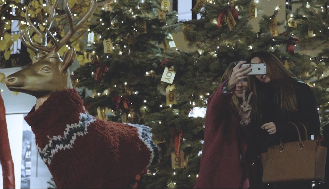 Navidad-en-la-roca-village-monica-sors-2016-video
