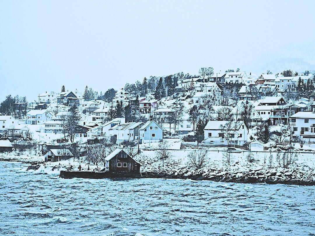 Hurtigruten-cruise-fjord-of-norway-fashion-blogger-aurora-borealis-tromso-guideIMG_6457