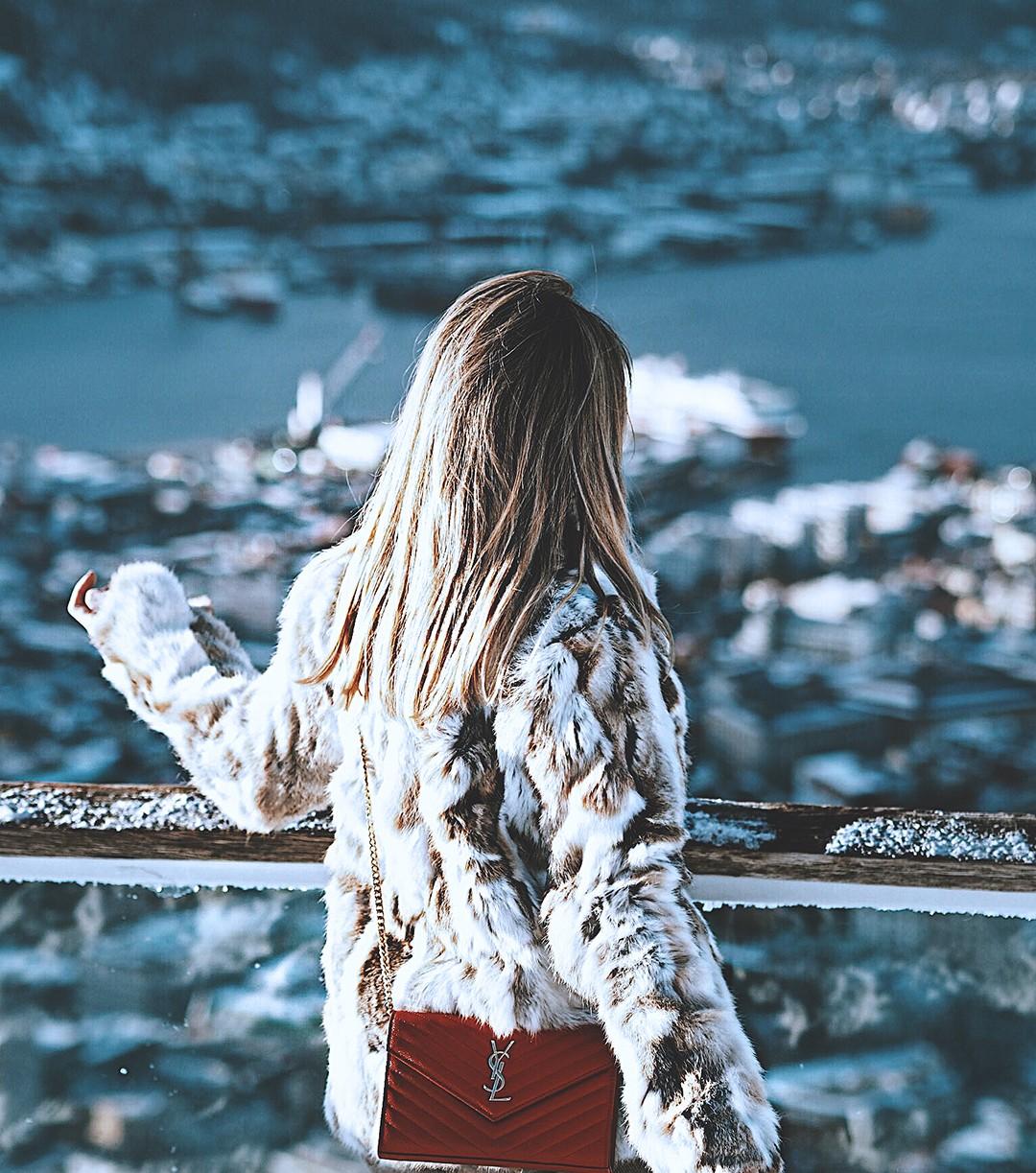 fjords-of-norway-Winter-Wonderland-fashion-blogger-Norway-Monica-SorsIMG_6451