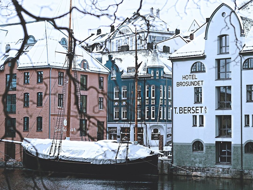 Crucero-fiordos-noruegos-blogger-de-moda-viajes-2017-monica-sorsIMG_6430
