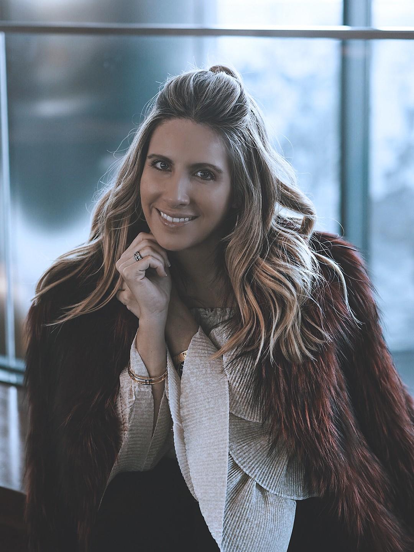fur-coat-fashion-blogger-eurostars-madrid-tower