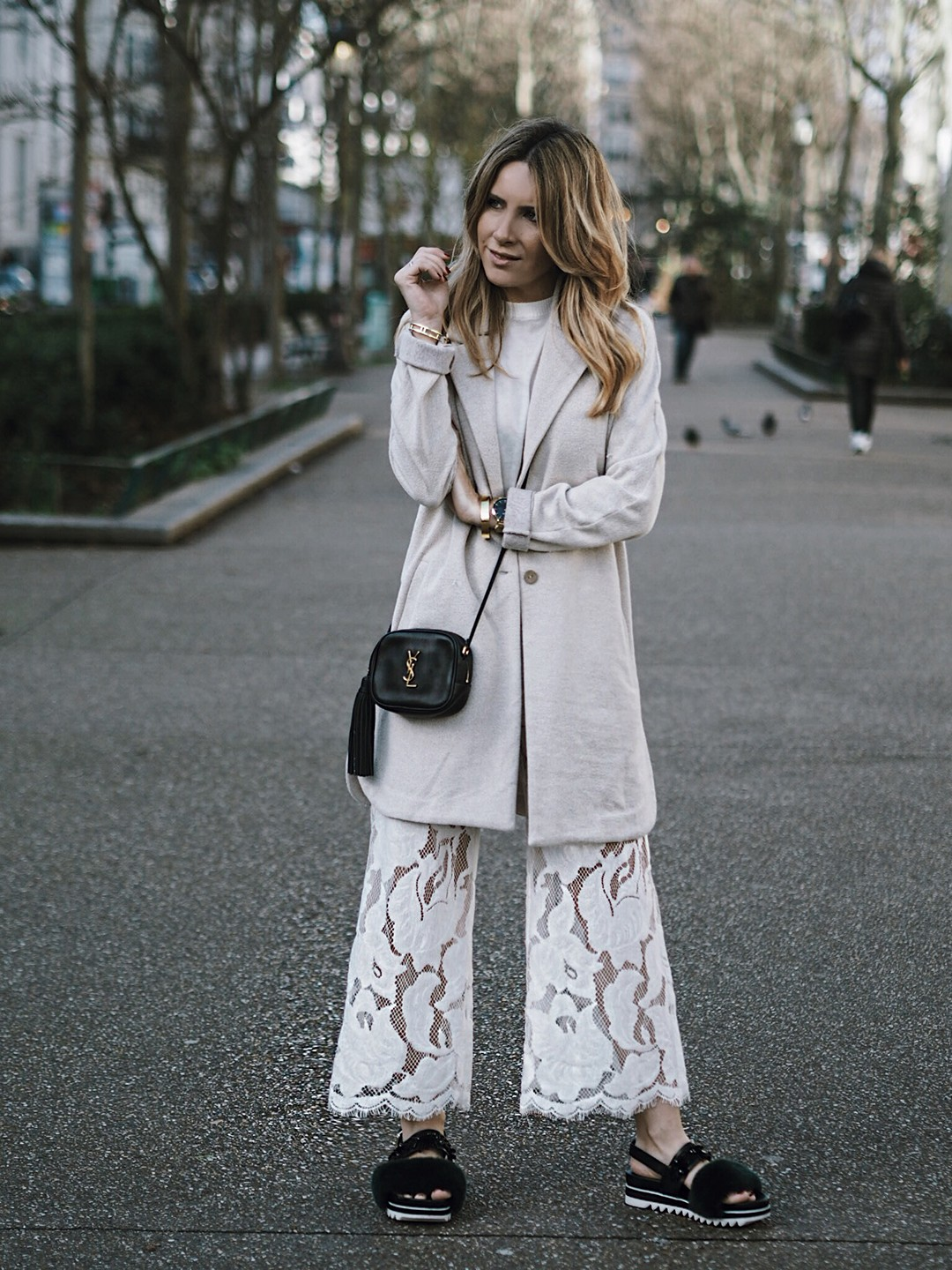 lace-pants-street-style-pfw-2017-monica-sors-fashion-blogger